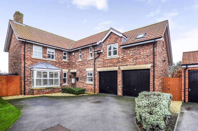 4 Bedrooms Detached House for sale in Station Rise, Riccall, York, YO19 6JR