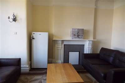 10 Bedrooms House for rent in Gloucester Road North, Filton