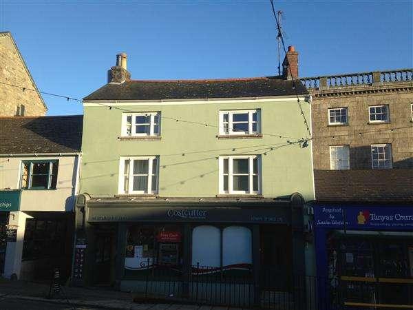 4 Bedrooms Apartment Flat for rent in Lower Market Street (Spar), Penryn