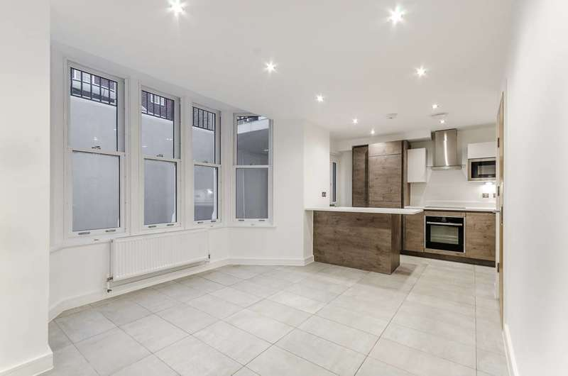 4 Bedrooms House for sale in Cleary Court, Battersea, SW11