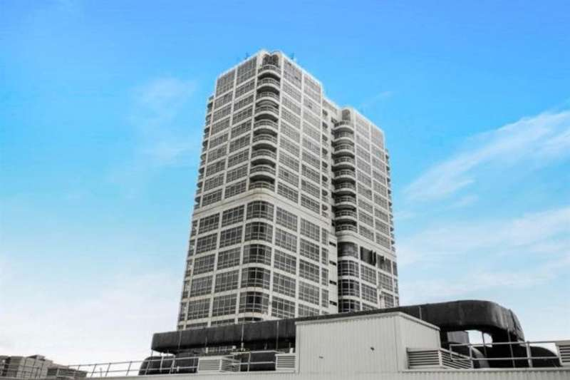 1 Bedroom Flat for sale in David Murray John Tower, Town Centre
