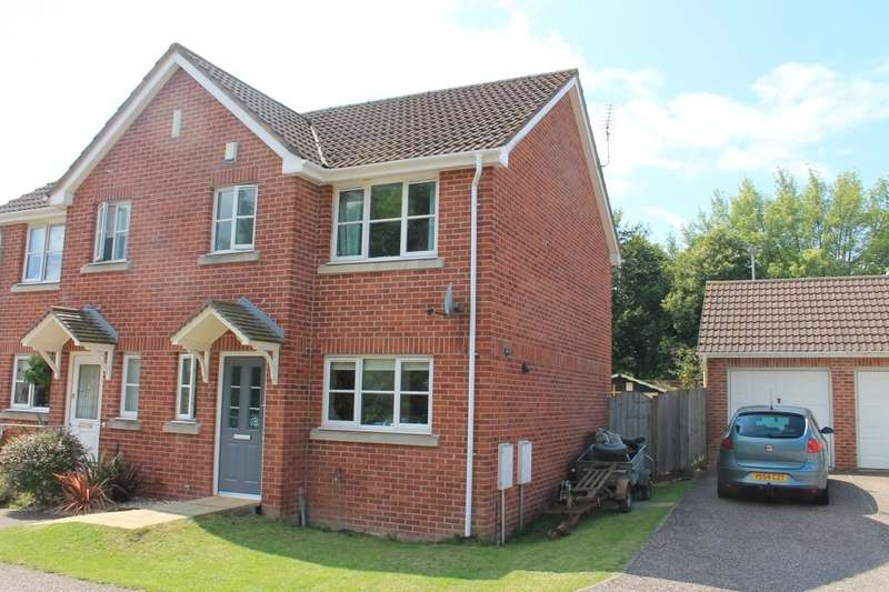 3 Bedrooms Semi Detached House for sale in Ottery St Mary, Devon