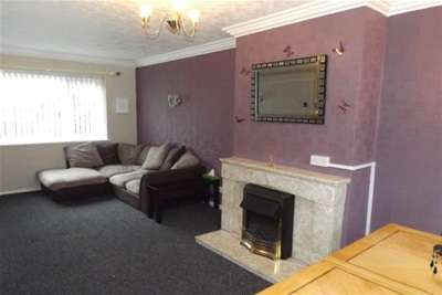 2 Bedrooms House for rent in Cherry Avenue, Hucknall, NG15