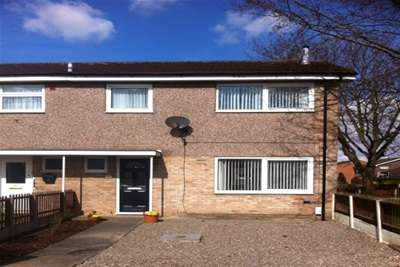 4 Bedrooms House for rent in Dover Drive, Ellesmere Port