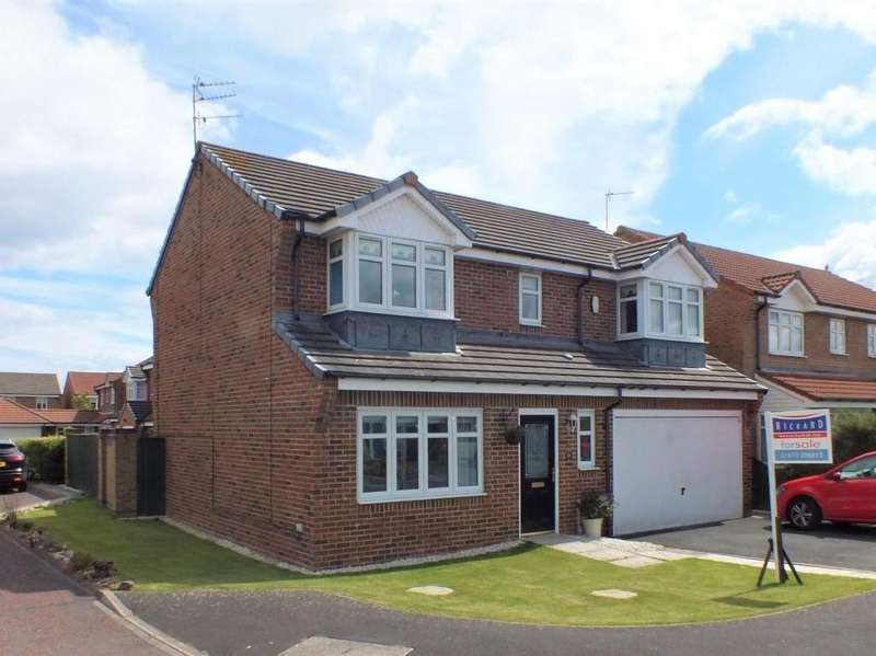 4 Bedrooms Detached House for sale in Blackthorn Drive, Woodlands Glade, Blyth