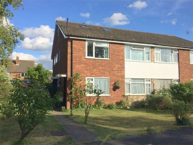 3 Bedrooms Maisonette Flat for sale in Larkspur Way, West Ewell