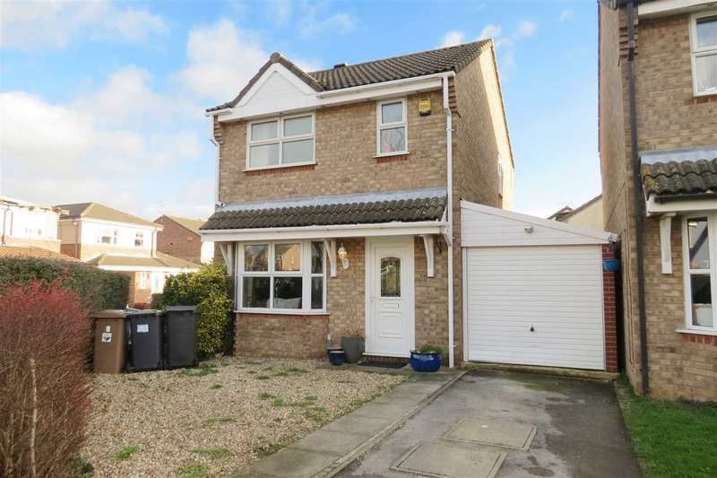3 Bedrooms Detached House for sale in Robin Close, Sleaford