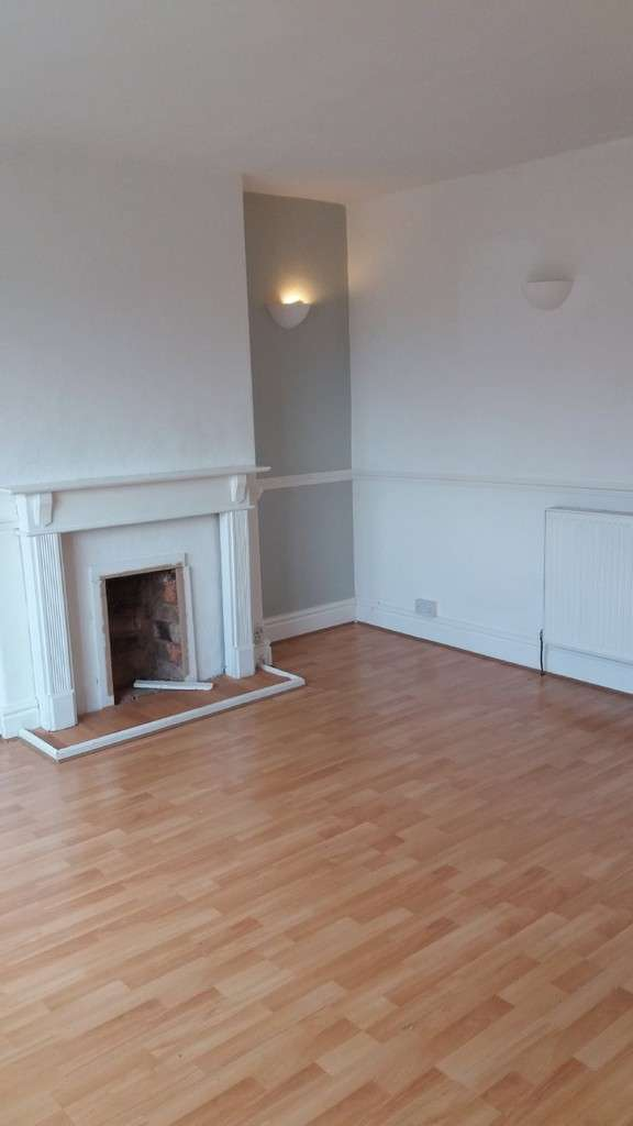 1 Bedroom Flat for rent in Hawthorne Road, Kings Standing