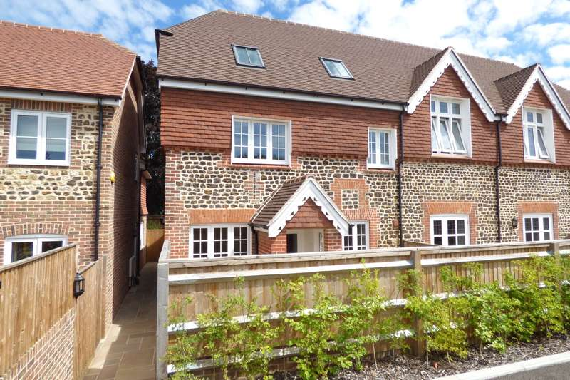 4 Bedrooms Semi Detached House for rent in The Street, Stedham, Midhurst, GU29