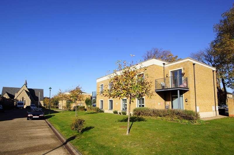 2 Bedrooms Apartment Flat for sale in Chapel Place, Shoeburyness, * SHOEBURY GARRISON *