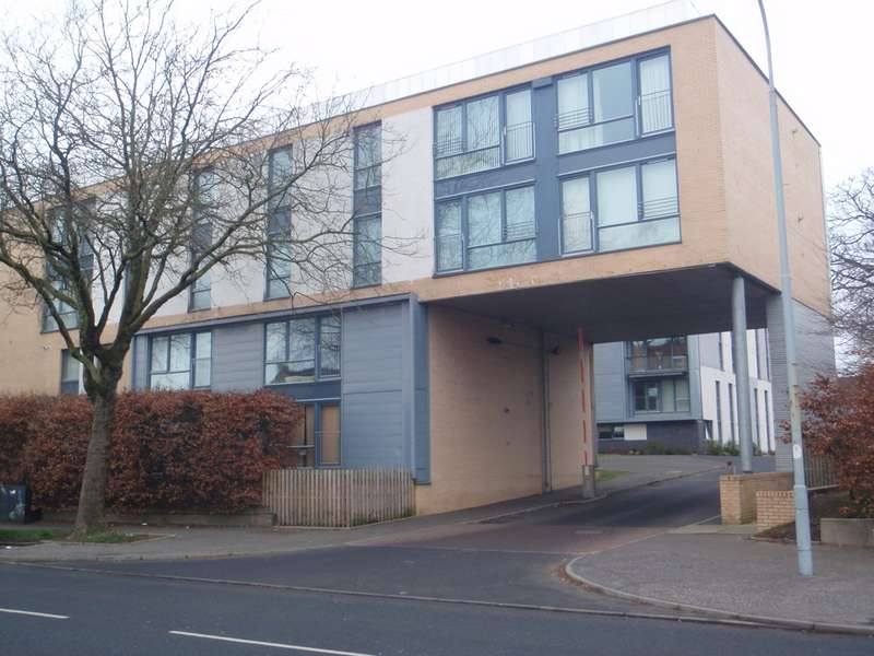 2 Bedrooms Apartment Flat for sale in Brabloch Park, Paisley PA3