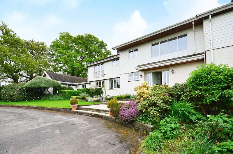 5 Bedrooms Detached House for sale in Rathfarnham House, East Flexford Lane, Guildford, GU3