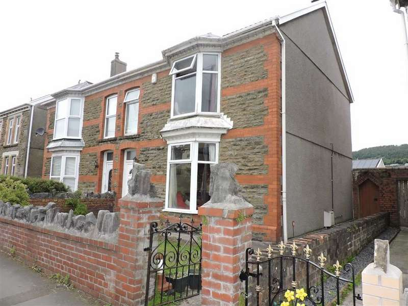 3 Bedrooms Semi Detached House for sale in Wern Road, Skewen