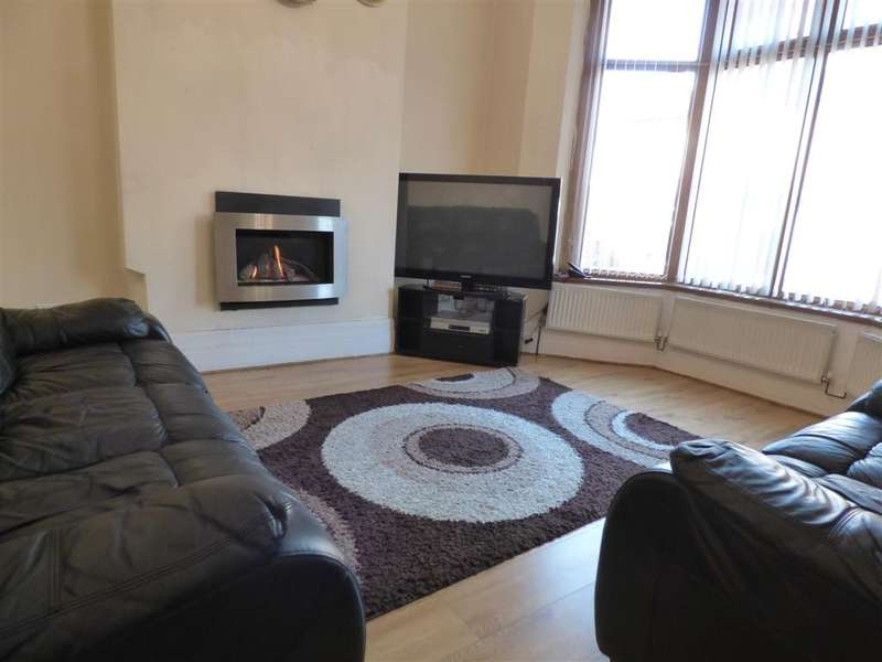 4 Bedrooms End Of Terrace House for sale in Werneth Hall Road, Oldham