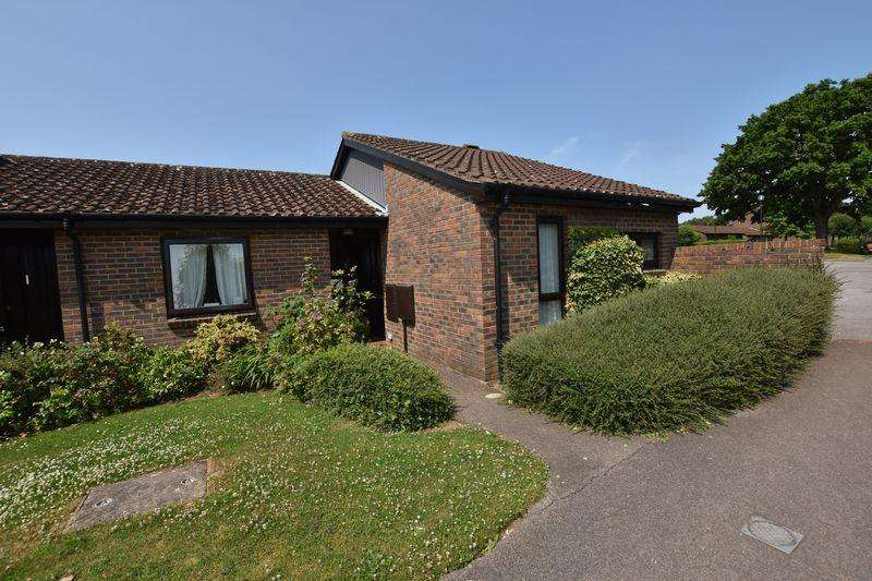1 Bedroom Retirement Property for sale in Ilford Court, Elmbridge Village, Cranleigh