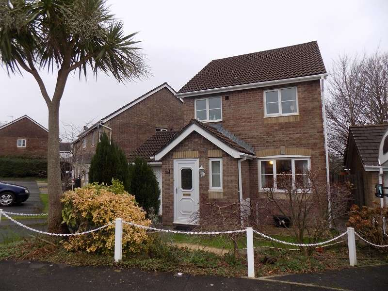 3 Bedrooms Detached House for sale in Dol Werdd , Waunceirch, Neath, Neath Port Talbot. SA10 7QX