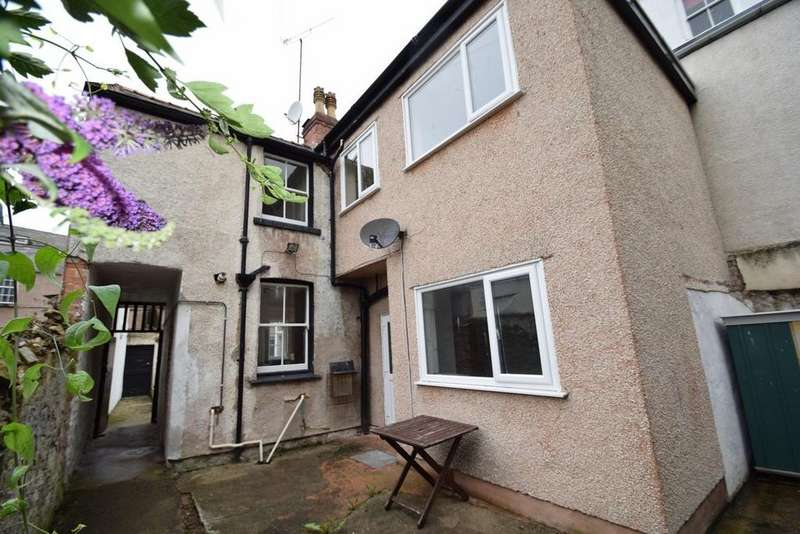 3 Bedrooms Cottage House for sale in Berkley Cottage, 3 Vardre Lane