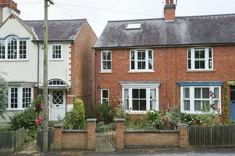 3 Bedrooms Semi Detached House for sale in Scotland Road, Market Harborough, Leicestershire