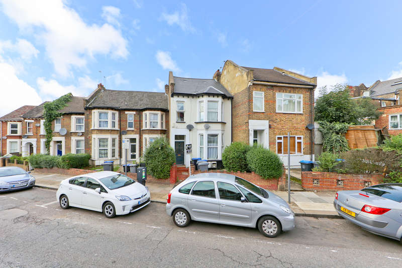 3 Bedrooms Flat for sale in Nightingale Road, Harlesden