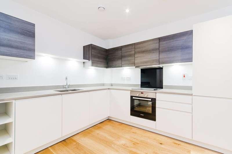 1 Bedroom Flat for sale in Ellis House, Ealing, UB2