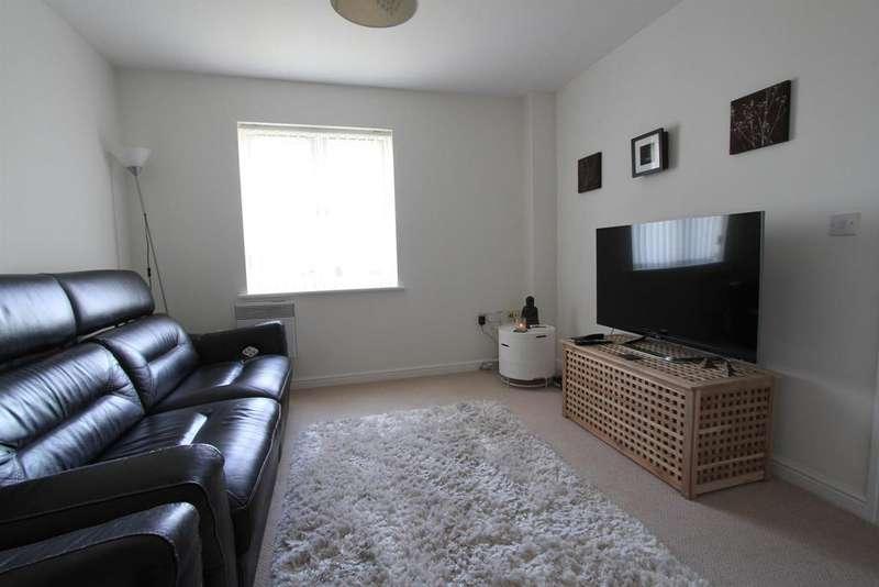 3 Bedrooms Apartment Flat for rent in Jamaica Grove, Coedkernew, NEWPORT