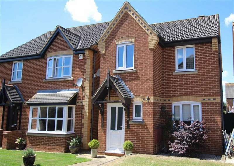 3 Bedrooms Detached House for sale in 30, Hanover Drive, Brackley