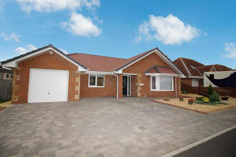 4 Bedrooms Detached Bungalow for sale in Hastings Terrace, New Hartley, Seaton Deleval