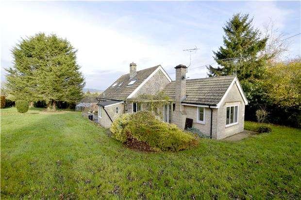 4 Bedrooms Detached Bungalow for sale in Harescombe, Gloucester, GL4 0XD