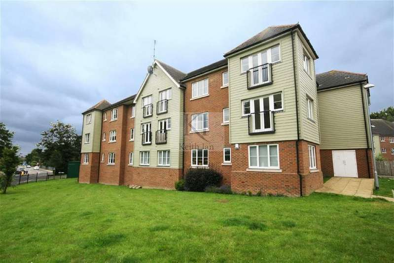2 Bedrooms Apartment Flat for sale in Watery Lane, Turnford