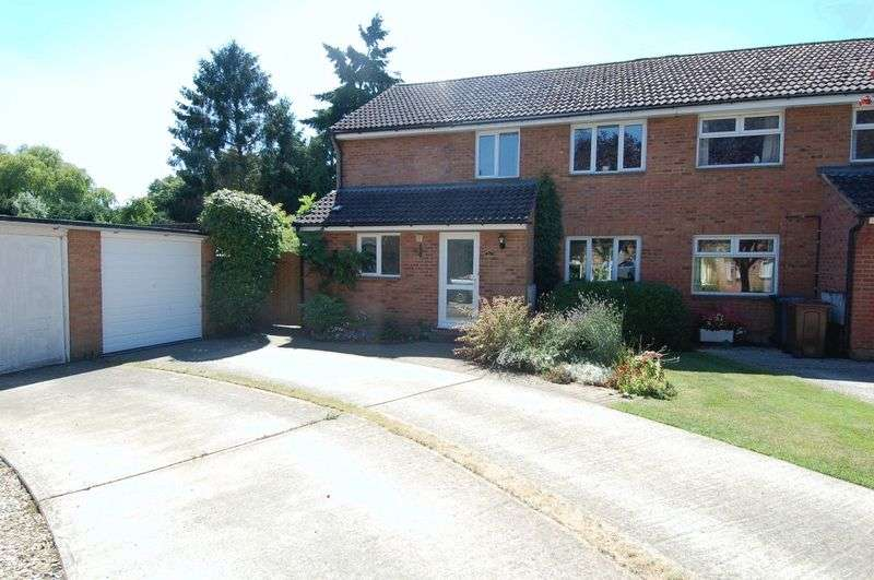 4 Bedrooms Property for sale in The Paddocks, Yarnton