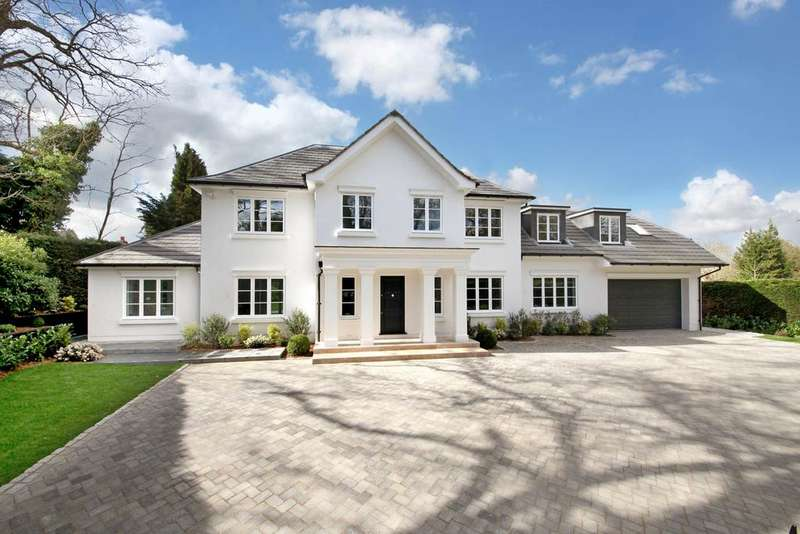 5 Bedrooms Detached House for sale in Shrubbs Hill Lane, Ascot