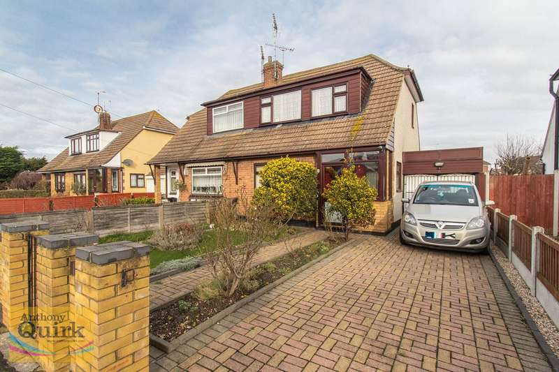 2 Bedrooms Chalet House for sale in Stevens Close, Canvey Island, SS8
