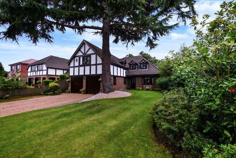 4 Bedrooms Detached House for sale in Wood Drive, Chislehurst