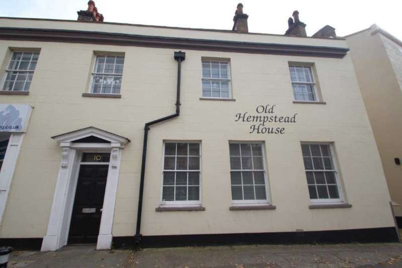 1 Bedroom Apartment Flat for sale in 1 BED APARTMENT with LONG LEASE & ALLOCATED PARKING