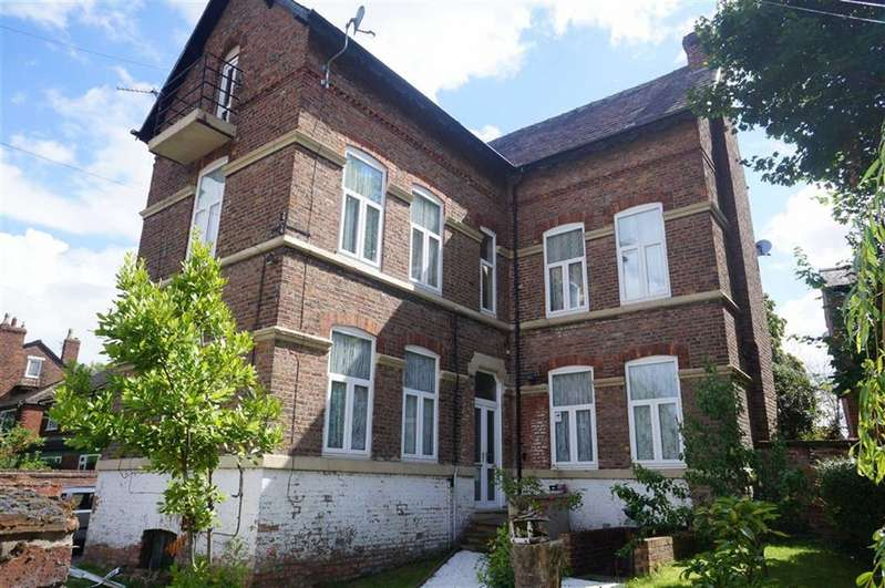 6 Bedrooms Detached House for sale in York Road, Chorlton, Manchester, M21