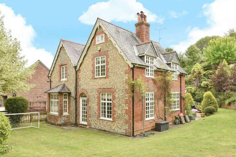 3 Bedrooms Detached House for sale in Avington, Hampshire
