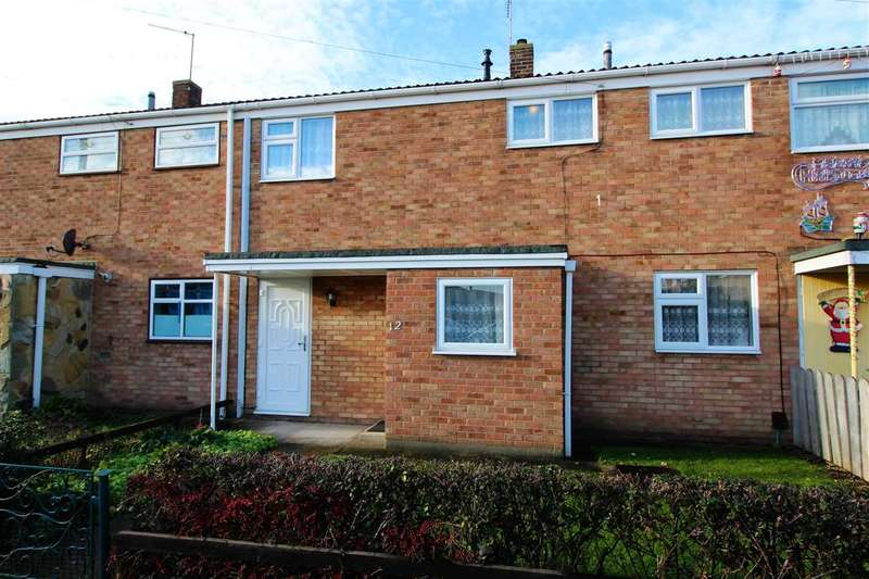 3 Bedrooms Terraced House for sale in Chesterton Way, Tilbury
