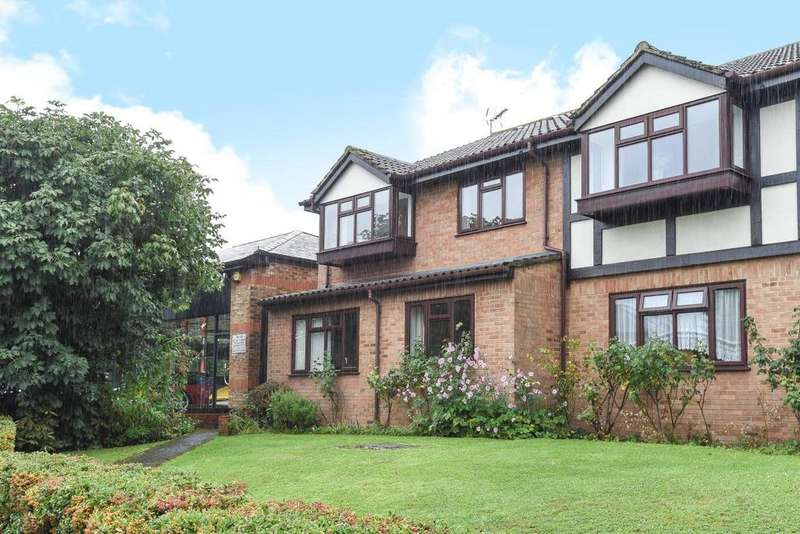 1 Bedroom Flat for sale in Forge Close, Hayes