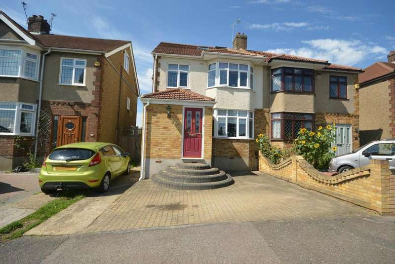 4 Bedrooms Semi Detached House for sale in Hacton Lane, Hornchurch, Essex, RM12