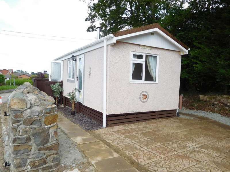 1 Bedroom Park Home Mobile Home for rent in CROSSWAYS PARK, HOWEY, LLANDRINDOD WELLS LD1