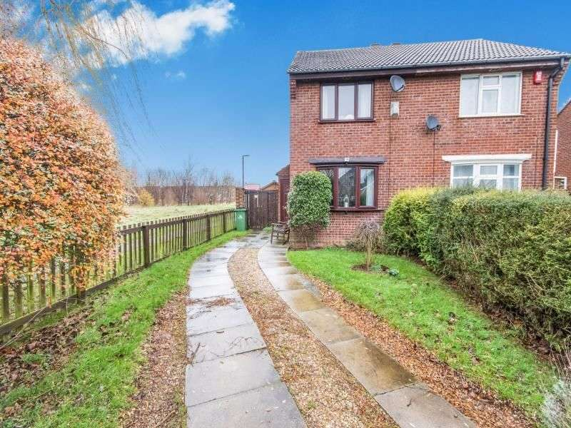 2 Bedrooms Semi Detached House for sale in Ancholme Avenue, Immingham, DN40