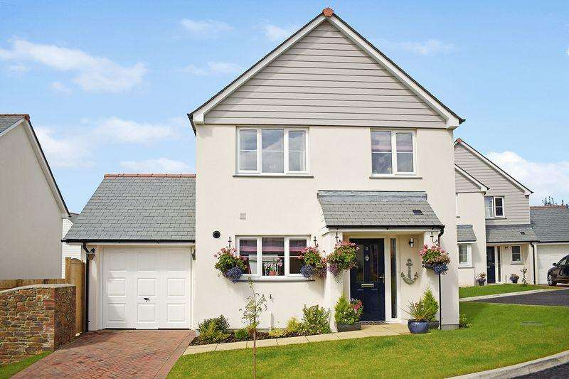 4 Bedrooms Detached House for sale in Dobwalls, Cornwall