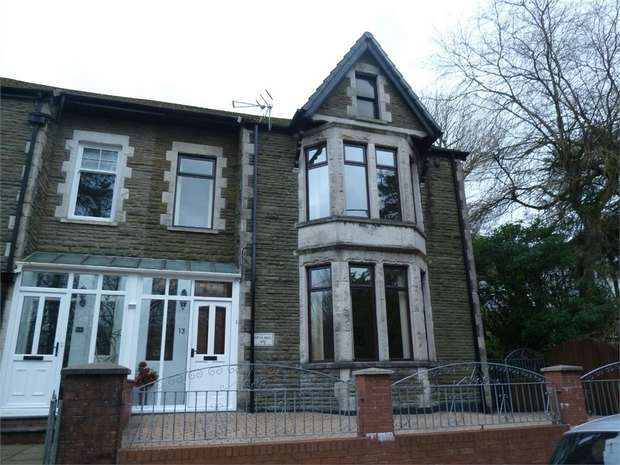 4 Bedrooms Semi Detached House for sale in Salisbury Road, Maesteg, Maesteg, Mid Glamorgan