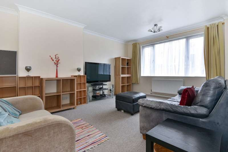 4 Bedrooms Terraced House for sale in Paddock Close, Sydenham, SE26