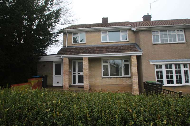 3 Bedrooms Semi Detached House for sale in NO UPPER CHAIN! 3 BED SEMI with FAMILY ROOM CLOSE TO TRAIN STATION