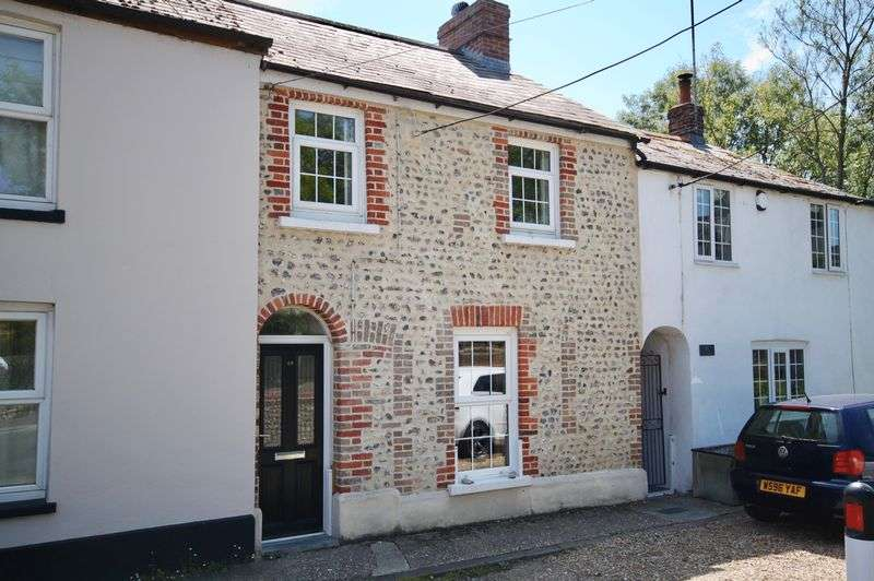 3 Bedrooms Property for sale in Dorchester Road Maiden Newton, Dorchester