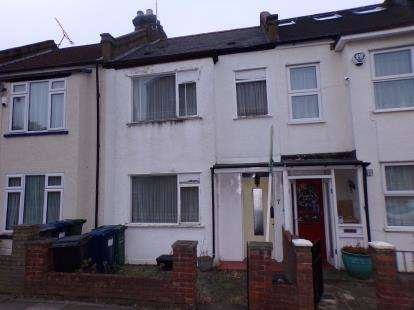 2 Bedrooms Terraced House for sale in Brunswick Avenue, New Southgate, London, .