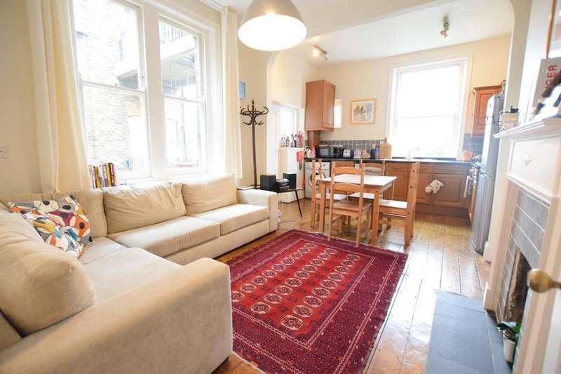 3 Bedrooms Flat for rent in Cranworth Gardens, London SW9