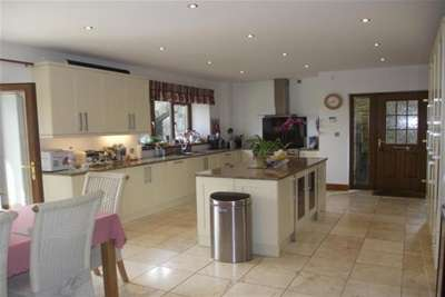5 Bedrooms House for rent in Dearden Heights, Rossendale