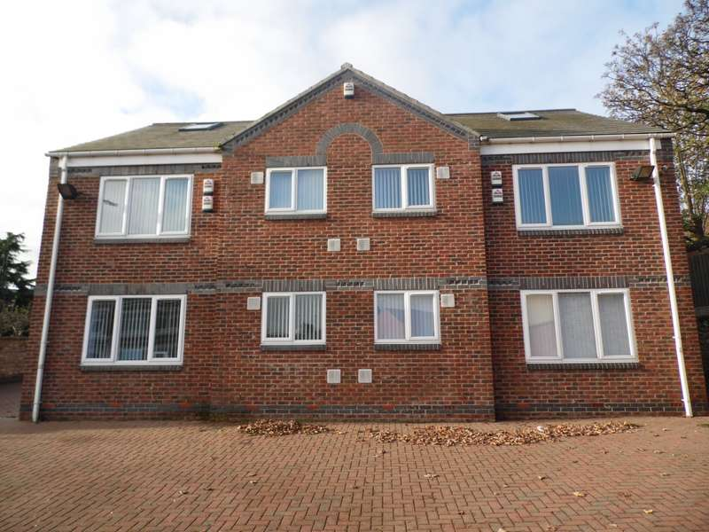 2 Bedrooms Apartment Flat for rent in Cross Street Balby Doncaster